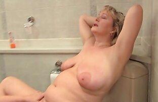 Une fille se doigte jusqu'à un orgasme videos xxx en francais massif en webcam