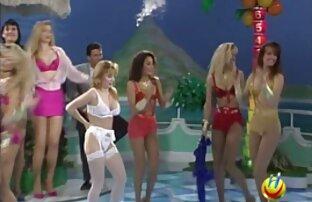 jolie blonde dans video x gratuit en francais la camionnette
