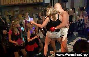 Une séance photo sexy devient du sexe sauvage pour video sex gratuit en streaming une brune aux gros seins
