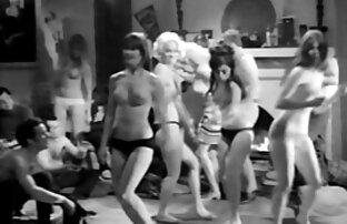 Deux salopes film porno hd en francais amateurs avec un veinard